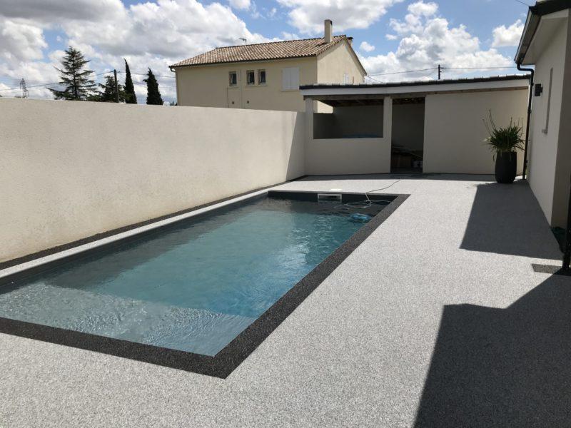Résine de marbre piscine